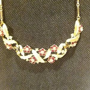 Stunning red ruby and gold Necklace